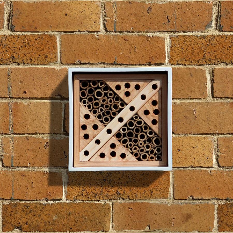 Wildlife World Urban Solitary Bee Nester