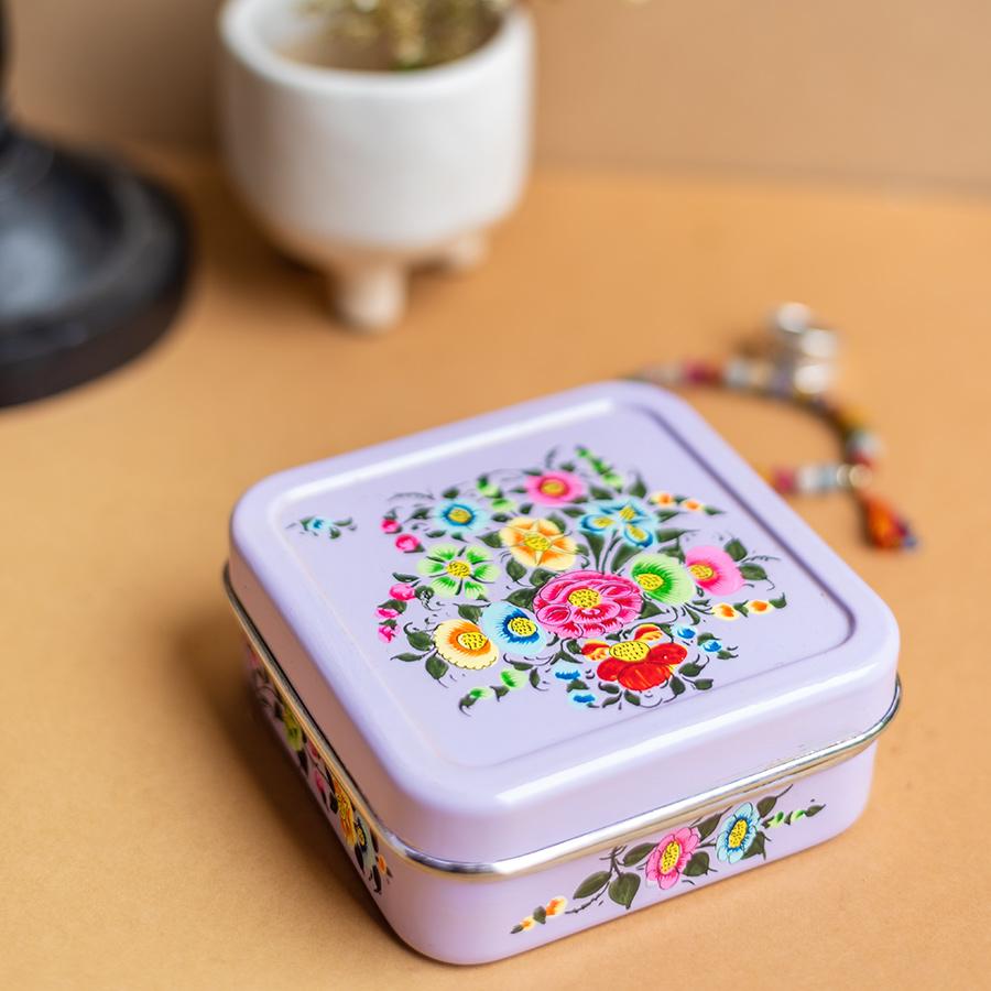 Ian Snow Handpainted Kashmiri Square Sandwich Tin