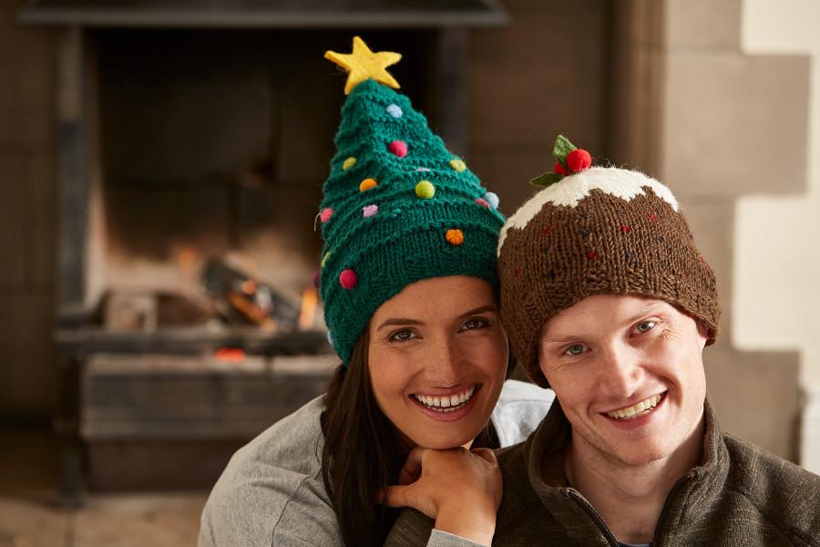 Knitting Pattern Xmas Pudding Hat : Knitted Christmas Pudding Hat - Pachamama