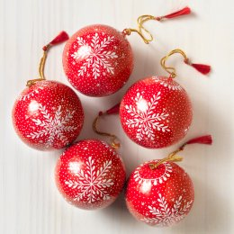 Dalit Handmade Red & White Christmas Baubles - Set of 5