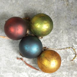 Large Oko Baubles - Set of 4