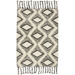 Mandor Diamond Tufted Rug - 120 x 180cm