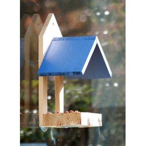 Wildlife World Roofed Window Bird Feeder - Blue